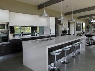 Stone kitchen 2