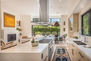 Stone kitchen 4