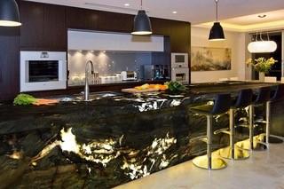 Stone kitchen 9